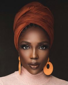 Hair Wrap Scarf, Hair Scarf Styles, Black Women Art, Beautiful Black Women, African Head Wraps, African Beauty, African Style, African Hair, Scarf Hairstyles