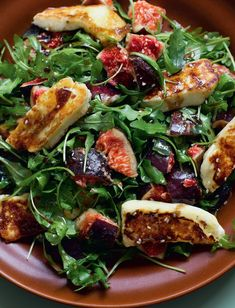 Fresh Figs or Pears with Halloumi and Rocket - The Happy Foodie Fig Recipes, Salad Recipes, Vegetarian Recipes, Cooking Recipes, Healthy Recipes, Savoury Recipes, Healthy Food, Halloumi Cheese Recipes, Cooking Halloumi