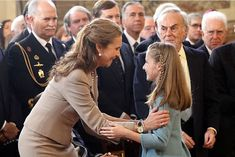 On 30th January 2018 - Tuesday- King Felipe officially bestowed upon the Princess Leonor of Asturias the Order of the Golden Fleece, the highest distinction granted by The Spanish Royal. Took place at palacio Real de Madrid.