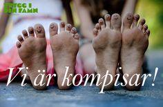 Kampanjen Trygg i din famn påminner om att Gud är med oss Flip Flops, Sandals, Women, Shoes Sandals, Beach Sandals, Sandal, Slipper, Reef Flip Flops, Woman