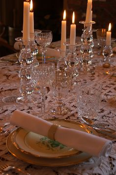 Crystal Candlesticks with white candles...elegant! Christmas Table SettingsFormal ... & Christmas Decorating With Sparkling White | Trays Display and Lights