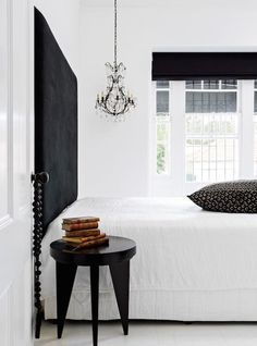 Stunning Black and White Interior Bedroom Design Ideas Black And White Interior, Black And White Colour, Modern Master Bedroom, Contemporary Floor Lamps, Modern Masters, Bedroom Styles, Decoration, Interior Inspiration, Inspiration Boards