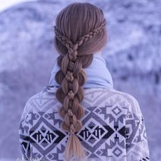 Dutch lace braids into an intricate five strand?hair must be texturized to achieve this effect (braided hairstyles for long hair dutch) Beautiful Braids, Gorgeous Hair, Beautiful Dream, Girl Hairstyles, Braided Hairstyles, Pretty Hairstyles, School Hairstyles, Wedding Hairstyles, Updo Hairstyle