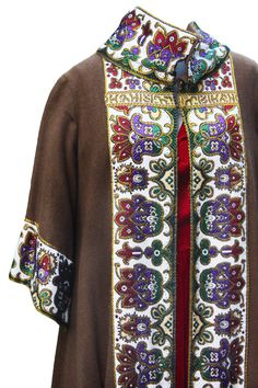 Beautiful Vintage 1960s Full Length Ornate Renaissance Style Jacket/Cape  Message me with any questions!   -------------------------------------------------------------------------------------  For more Dresses & womens vintage apparel, click HERE: https://www.etsy.com/shop/RawDesignCo?section_id=15701227&ref=shopsection_leftnav_5