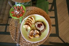 Vegan Pound Cake Pancakes    http://ohonemorething.me/2009/07/15/get-to-the-good-part-already/