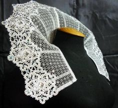 Advanced Embroidery Designs - FSL Battenberg Lace Snowflake Collar. So amazing! Also so freaking huge--*sigh* no stitching this design for me...