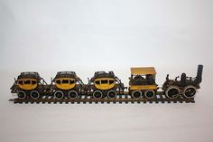BACHMANN DEWITT CLINTON HO SCALE TRAIN LOCOMOTIVE WITH TENDER AND 3 COACHES