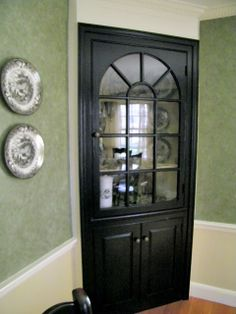 Maison Decor Black Paint Updates A Traditional Dining Room Built In CabinetsCorner