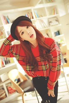 cute sweater, love the outfit <3