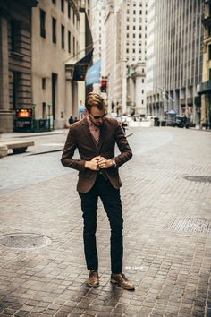 October marked the last night we spent in our apartment in NYC since we are moving back to… Mens Attire, Mens Suits, B Fashion, High Fashion, Wedding Of The Year, Mens Trends, Elegant Outfit, Blue Moon, Men Looks