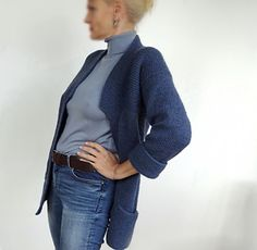 This is my newest project and I cannot tell you how much I love this comfortable cardigan! The yarn is amazing - solid but soft at the same time - the colour is beautiful - a decent and mat dark bl...