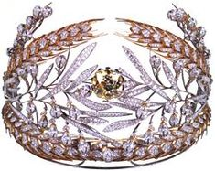 """Diadem of Maria Feodorovna, wife of Tsar Paul I, which was sold by the Soviet Government in 1929. """"RUSSIAN FIELD""""  DESIGNED BY VIKTOR NIKOLAEV, GENNADY ALEKSAKIN, MOSCOW 1980  Platinum, gold, silver, diamonds (129.62 carats), yellow diamond (35.25 carats) 4 3/8 x 13 3/8 in (11.0 x 34.0 cm)"""