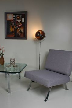 De Vreugde Design Mid 20th century modern furniture and lighting