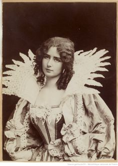 Belle Epoque, Most Beautiful People, Beautiful Images, Beautiful Things, Vintage Photos Women, Vintage Ladies, Cleopatra, Document Iconographique, Face Images