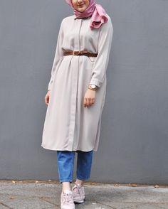 Modern Hijab Fashion, Street Hijab Fashion, Muslim Women Fashion, Fashion Outfits, Hijab Style, Hijab Chic, Casual Hijab Outfit, Stylish Dress Designs, Modest Dresses