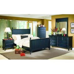 Beachcrest Home Walebridge Panel Customizable Bedroom Set