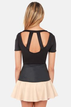 cute cutout crop top! Get 7% Cash Back http://www.studentrate.com/itp/get-itp-student-deals/lulu-s-Student-Discount--/0