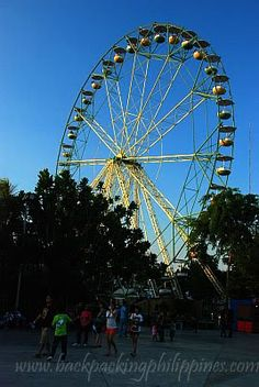 theme parks. a perfect place for everyone.. even those with vertigo.