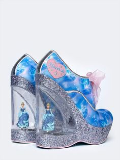 - Pay homage to Cinderella in these iconic wedge heels featuring digital print uppers with silver glitter platforms and organza ribbon laces. Embossed clear lucite heels with rotating Cinderella figur Source by shoes Funny Shoes, Cute Shoes, Me Too Shoes, Weird Shoes, Cinderella Shoes, Disney Shoes, Crazy Heels, Kawaii Shoes, Shoe Boots