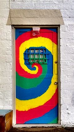 """Hippynosis Door"" - photo by David Putzier, via Flickr;   Colorful doorway in Springfield Oregon"