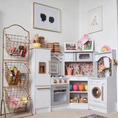 Kitchen of our dreams! Ill take one in grownup size thanks! . Gorge styling by Marisa @hellobabybrown check out her blog post for all the links! . #dreamkitchen #playkitchen #heygoodlookinwhatchagotcookin #roominspo #pinterestinspired #cameramama #feltballgarland #letthembelittle #littleandbrave #coolkidsrooms #playroominspo #yesplease