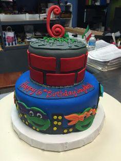 Turtle Cakes, Ninja, Desserts, Food, Tailgate Desserts, Deserts, Essen, Ninjas, Postres
