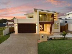 Concrete modern house exterior with balcony & landscaped garden - House Facade photo 481369