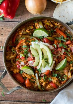 Chicken Tamales, Baked Chicken Fajitas, Cooked Chicken, Skillet Chicken, Easy Skillet Meals, Quick Meals, Skillet Recipes, Diner Recipes, Mexican Recipes