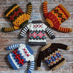 Sweaters do not happen much 😸🧡💚💙 Knitting Dolls Clothes, Knitted Dolls, Christmas Sewing, Christmas Knitting, Christmas Tree Ugly Sweater, Knitting Patterns, Crochet Patterns, Clothes Crafts, Stuffed Animal Patterns