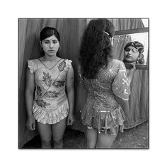Mary Ellen Mark (1940-2015) Indian Circus, Great Royal Circus, Junagadh, 1990 Mary Ellen Mark, Old School, Indian, Black And White, Photography, Angels, Dresses, Mirror, People
