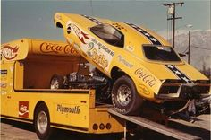 The Snake's Hot Wheels Cuda … Funny Car Drag Racing, Nhra Drag Racing, Funny Cars, Auto Racing, Snake And Mongoose, Top Fuel Dragster, Car Carrier, Old Race Cars, Vintage Race Car