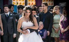 Explore as imagens! Julia, Camila, Album, Cinema, Romance, Story Ideas, Formal Dresses, Jade, Explore