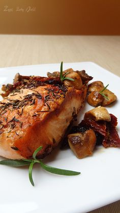 llosos pieczony w grzybach www Turkey, Meat, Food, Turkey Country, Eten, Meals, Diet