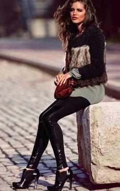 Emily DiDonato for Calzedonia Campaign #model #campaign #calzedonia #emilydidonato #trendy #outfit #fashion #style #leggins #fall #trendylisbon
