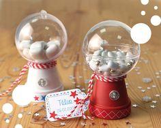 le distributeur de bonbons Diy Snow Globe, Snow Globes, Baptism Decorations, First Communion, Diy For Kids, Creations, Occupation, Home Decor, Fit