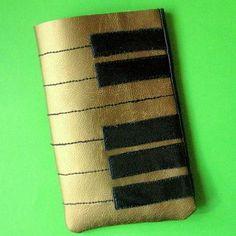 DIY Fabric Phone Case : DIY Piano Phone Case
