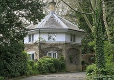 Start your own love story: octagonal house for sale in grounds of Edward VII and Lillie Langtry's scandalous romantic hideaway