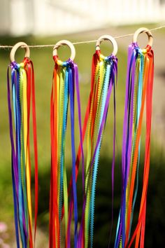 Dance Ribbon Ring - Waldorf Hand Kite - Rainbow Ribbon Ring - Rainbow Party Favor - Dance Ribbons - Set of 4 Rings, Diy And Crafts, Crafts For Kids, Arts And Crafts, Rainbow Party Favors, Diy Pour Enfants, Rainbow Ribbon, Imaginative Play, Activities For Kids, Craft Projects