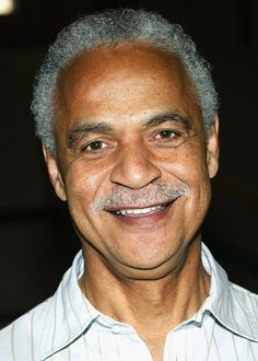 Ron Glass has passed away. The veteran TV actor was 71 years old and we extend our condolences to his friends and loved ones. Ron Glass, Barney Miller, Sanford And Son, All In The Family, Hawaii Five O, Tv Actors, Rest In Peace, In Hollywood, Black Men