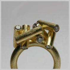 http://www.djorup.net/s_jewellery/images/016_large.jpg