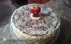 Bounty torta recept fotóval Cake, Food, Kuchen, Essen, Meals, Torte, Cookies, Yemek, Cheeseburger Paradise Pie