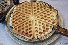 Голландские вафли из нашего детства Ketogenic Recipes, Keto Recipes, Dessert Recipes, Cooking Recipes, Desserts, Tasty, Yummy Food, Waffle Iron, Keto Dinner