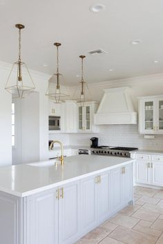 Gold Kitchen Island Lanterns - Design photos, ideas and inspiration. Amazing gallery of interior design and decorating ideas of Gold Kitchen Island Lanterns in kitchens by elite interior designers. Home Decor Kitchen, New Kitchen, Kitchen Dining, Kitchen Cabinets, White Cabinets, Light Grey Cabinets Kitchen, Kitchen Sink, 10x10 Kitchen, Kitchen Decorations