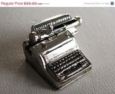 Vintage Sterling Silver Charm Movable Typewriter