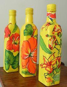 Aplicação de chita em garrafas de vidro