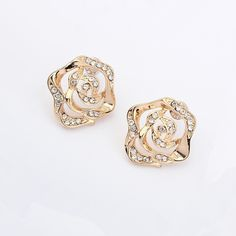 Hot Sale Elegant Rhinestone Embellished Rose Flower Shaped Ear Nails Earrings Gold YW15041807.http://www.clothing-dropship.com