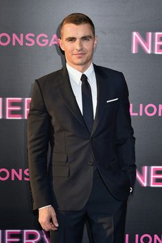 """Dave Franco Photos - Actor Dave Franco attends the """"Nerve"""" New York Premiere at SVA Theater on July 2016 in New York City. - 'Nerve' New York Premiere Dave Franco, Suit Jacket, It's Raining, Boys, Photos, Men, Baby Boys, Pictures, Guys"""