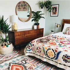 11 Stunning Bohemian Interior Design Bedroom That Easy To Do is part of Boho bedroom design - 11 stunning bohemian interior design bedroom that easy to do and can bring more cheerful room ambience for a better sleeping Bohemian Interior Design, Bohemian Bedroom Decor, Ethnic Bedroom, Bohemian Decorating, Decor Room, Mexican Bedroom Decor, Mexican Style Decor, Floral Bedroom Decor, Bohemian Quilt