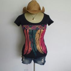 Sale! NWOT Gorgeous feather boho top 52% cotton 48% polyester, very soft! Scoop neck,  bright feather detail. Fits size 2-6. Message me with any question! Xo Tops