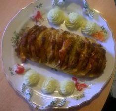 Sajttal, sonkával tűzdelt sertés karaj | Katianyus süt-főz Pork, Meat, Turmeric, Kale Stir Fry, Pork Chops